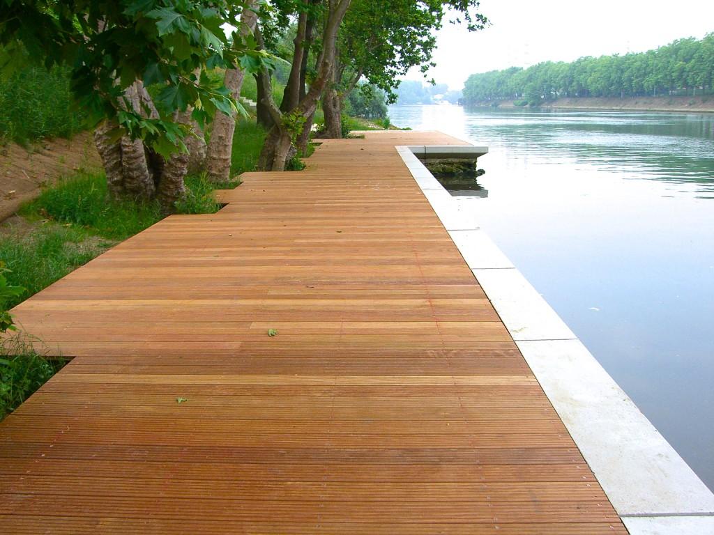 platelage am nagement terrasse cheminement sur pieux pros bois. Black Bedroom Furniture Sets. Home Design Ideas